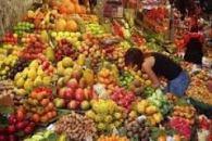 pasar buah impor