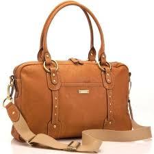 Ia mempekerjakan 30 karyawan baru. Jenis tas yang diproduksi berkembang  hingga tas sekolah 35f0aa9f92